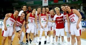 Turkiye-kadin-basketbol-takimi