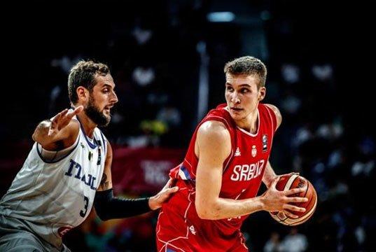 Sırbistan milli takımında Bogdanovic İtalya'yı mağlup eederken üstün bir performans sergiledi