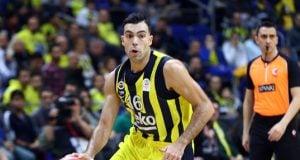 Fenerbahçe Beko evinde Darüşşafaka'yı üçlüklerle devirdi!