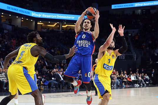 Anadolu Efes Maccabi Tel Aviv Shane Larkin