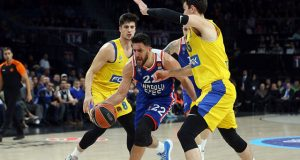 Anadolu Efes-Maccabi Tel Aviv